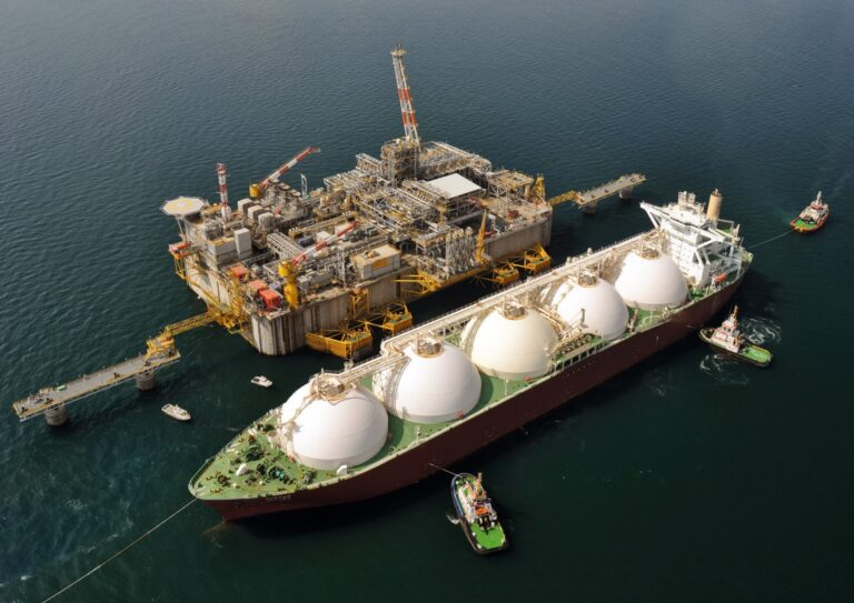 Pavilion Gas Delivers First LNG Imports into Singapore